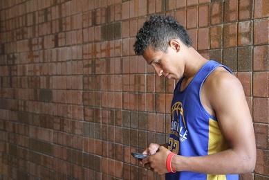 Social media impacts athletes