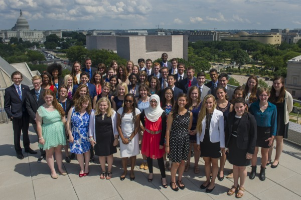 The 51 journalism scholars of the 2014 Al Neuharth Free Spirit Conference gather in front of the Newseum Institute in Washington, D.C.