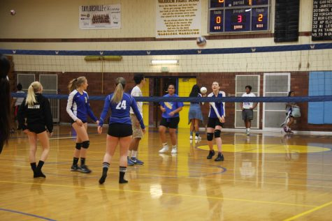 Volleyball tries to improve off down year