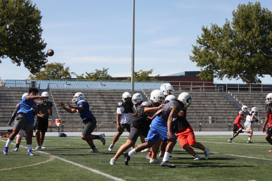The Taylorsville High Football team practices during fourth period on Wednesday 26, 2018